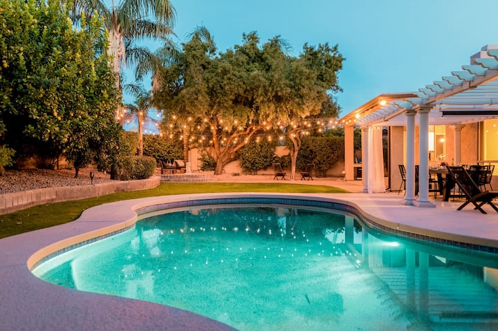 Dwight by AvantStay | Blissful Serene Oasis | Pool, Firepit & Entertainers Patio