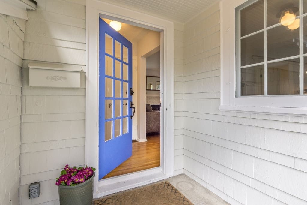 Welcome! 1924 home on a quiet tree lined street