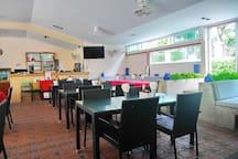 Breakfast, lunch or dinner area