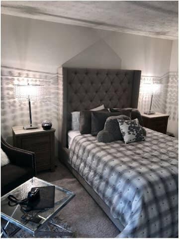 Buckhead - Lenox Luxury Mid-rise