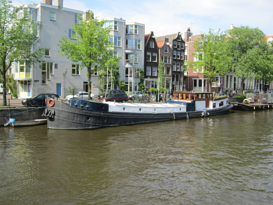 Houseboat 39 mercurius 39 apartments for rent in amsterdam for Houseboat amsterdam