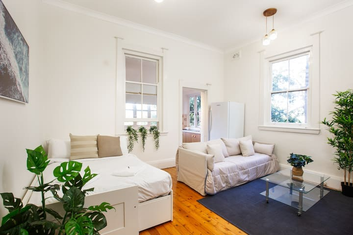 Cosy and Relaxing Apartment in Bondi Beach