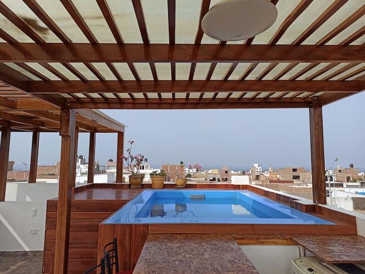 Casa amplia con Piscina  en terraza  y wifi