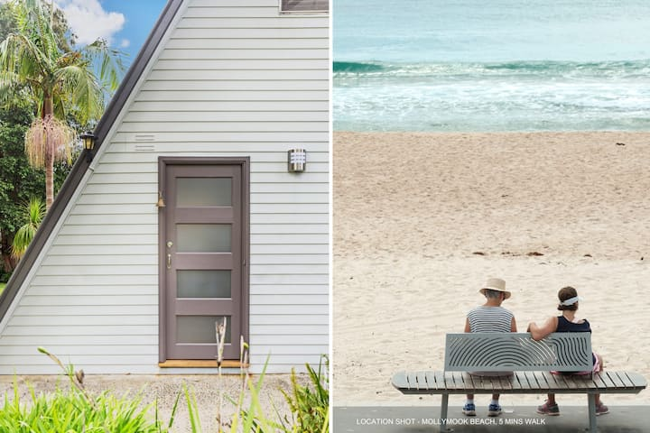 Beach Chalet, Mollymook Beach