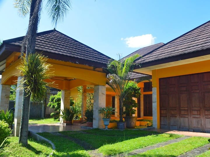 Colombo Guesthouse. A Natural Environment in Yogya