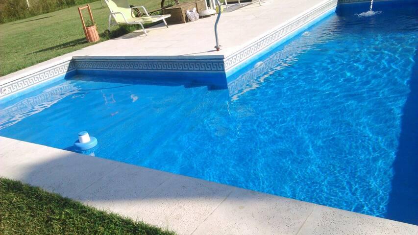 Hermosa quinta para descansar, sol - Moreno - Rumah