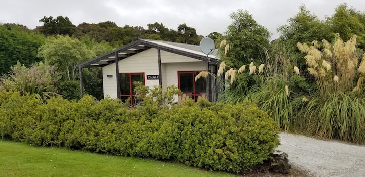 Self contained chalet in central Catlins, Otago