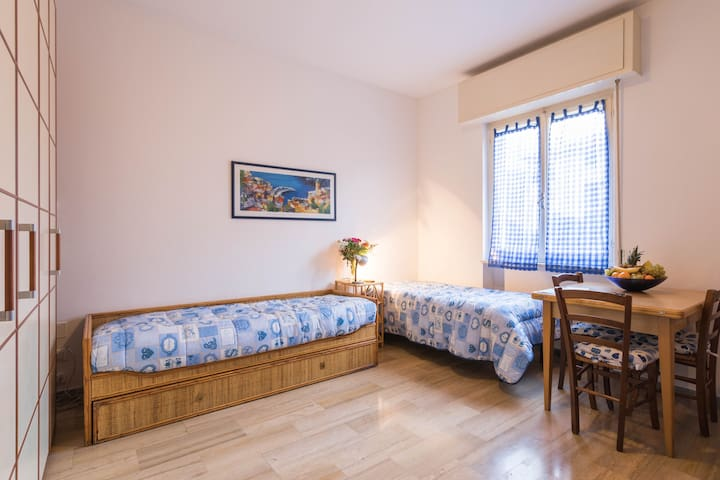 Studio apartment near the sea in Borgio Verezzi - Pietra Ligure - Apartament