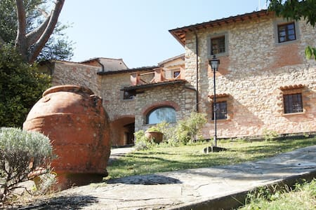 Tuscan farmhouse with swimming pool - The pines - Rignano Sull'Arno