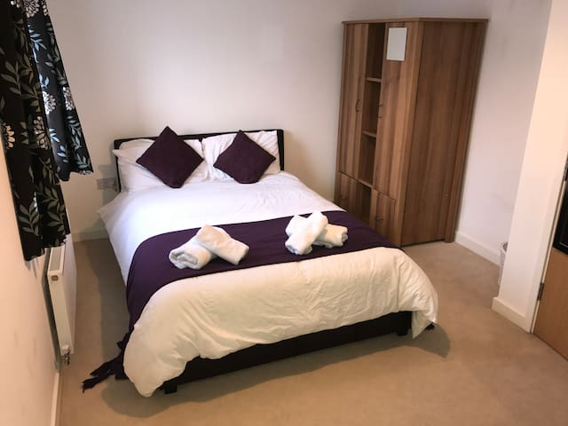 Double room close to Eden Project and Charlestown