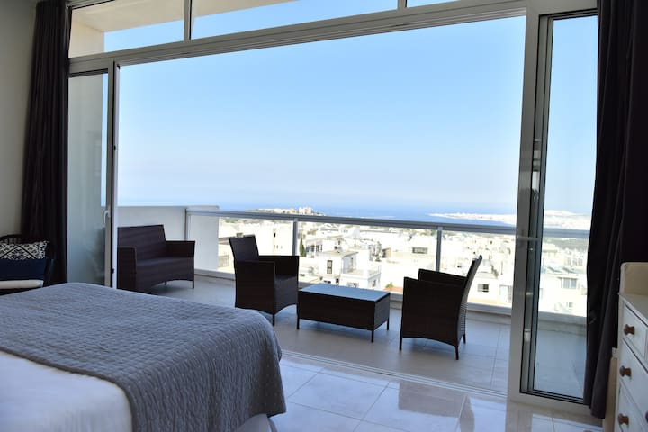 Luxury Maltese Penthouse with Breathtaking views.