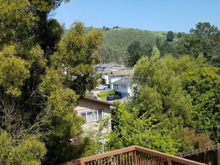 Pacifica Retreat, entire guest suite - 2br/1b