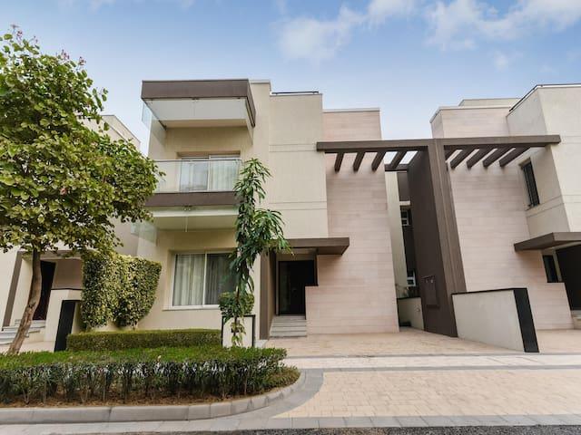 OYO - Best Priced ☑ Elegant 1BHK Abode, Gurugram