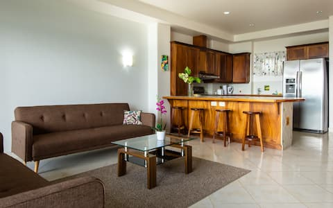 LAKE ARENAL 1B/1B PRIVATE CONDO / POOL /FULL KITCH