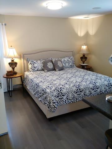Contemporary Walk Up Apartment in Paris KY