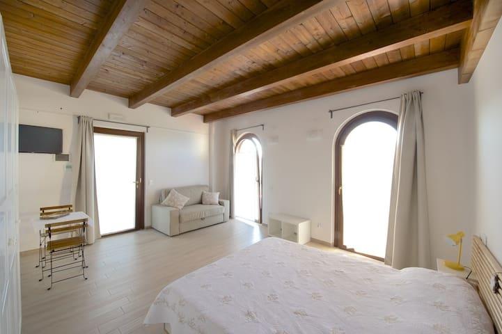 Torre della Loggia - Dimora Del Sole - Ortona - Bed & Breakfast