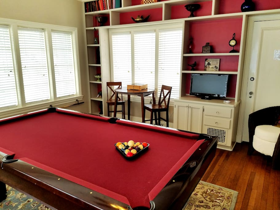 Entertainment room (for your private use)