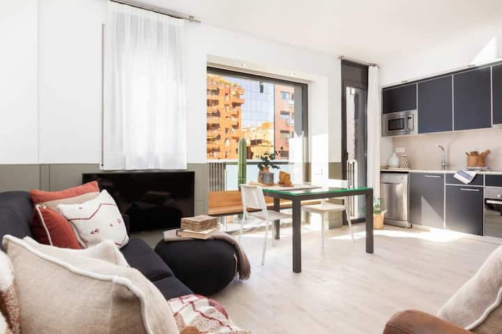 Monthly apartment with pool in Gracia 31