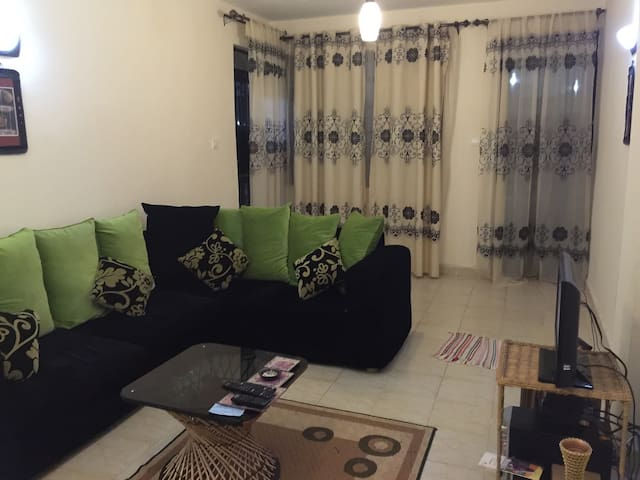 A cosy room; great neighborhood! - Nairobi - Appartement