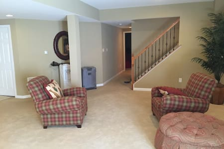 Private Luxury 1 Bedroom in Williamstown NJ