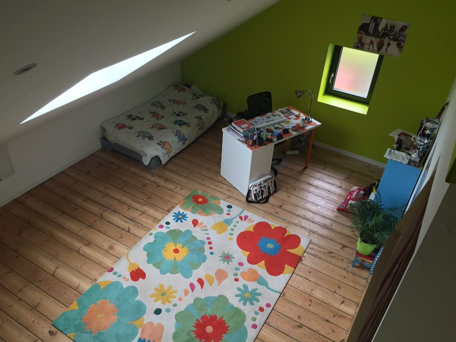 Chambre 1 lit une place