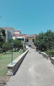 Monolocale  60 mq a pochi km dal mare di Otranto - Apartemen