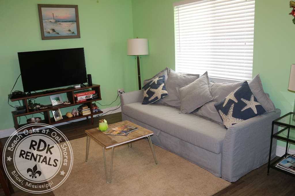 Relax after a long day at the beach, fishing, or touring, in our serene living room.