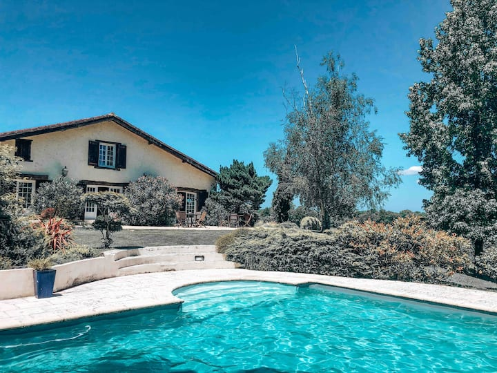 Charming 13th century french farm with pool