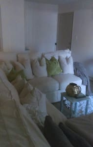 Stylish and cozey 1bd ,1bth - Sandy Springs