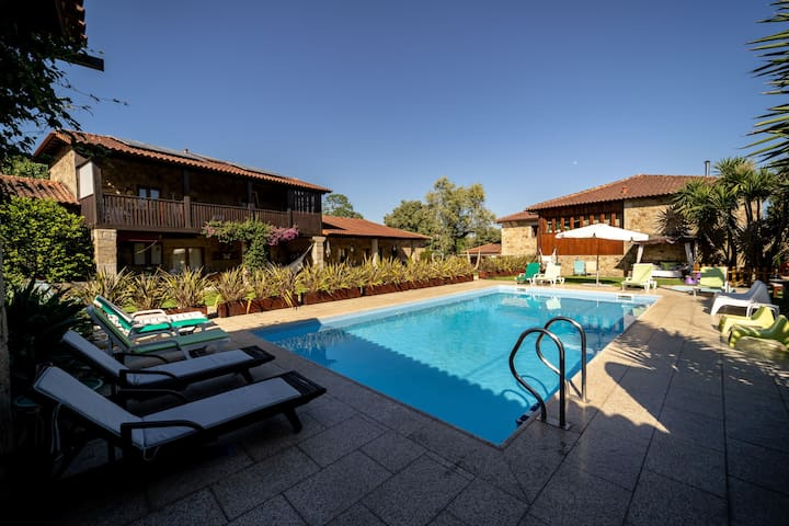 Fantastica Villa com Piscina,Braga by iZiBookings