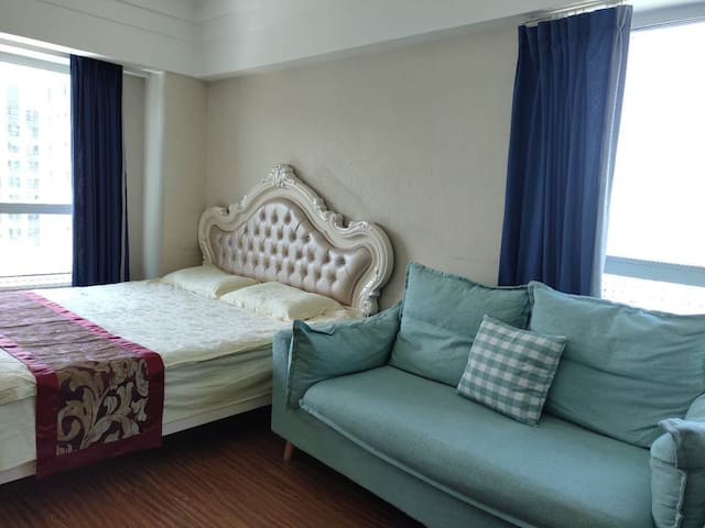 万达浪、琴欧式大床房