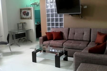 Central modern new apartment with aircon & wifi - Iquitos