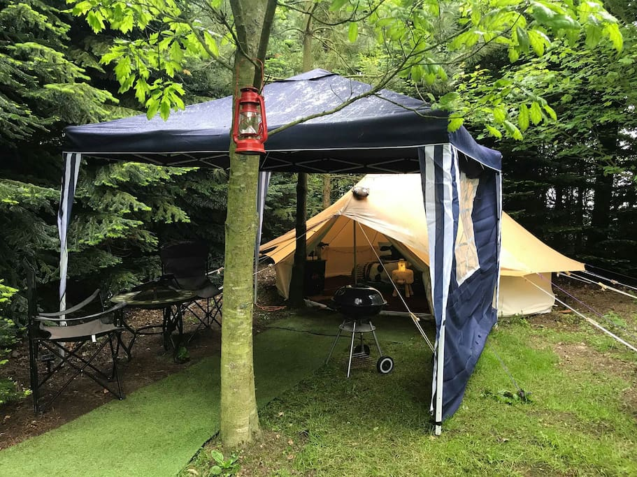 New added marque extra and also a tent protector which lessens the sound if it rains