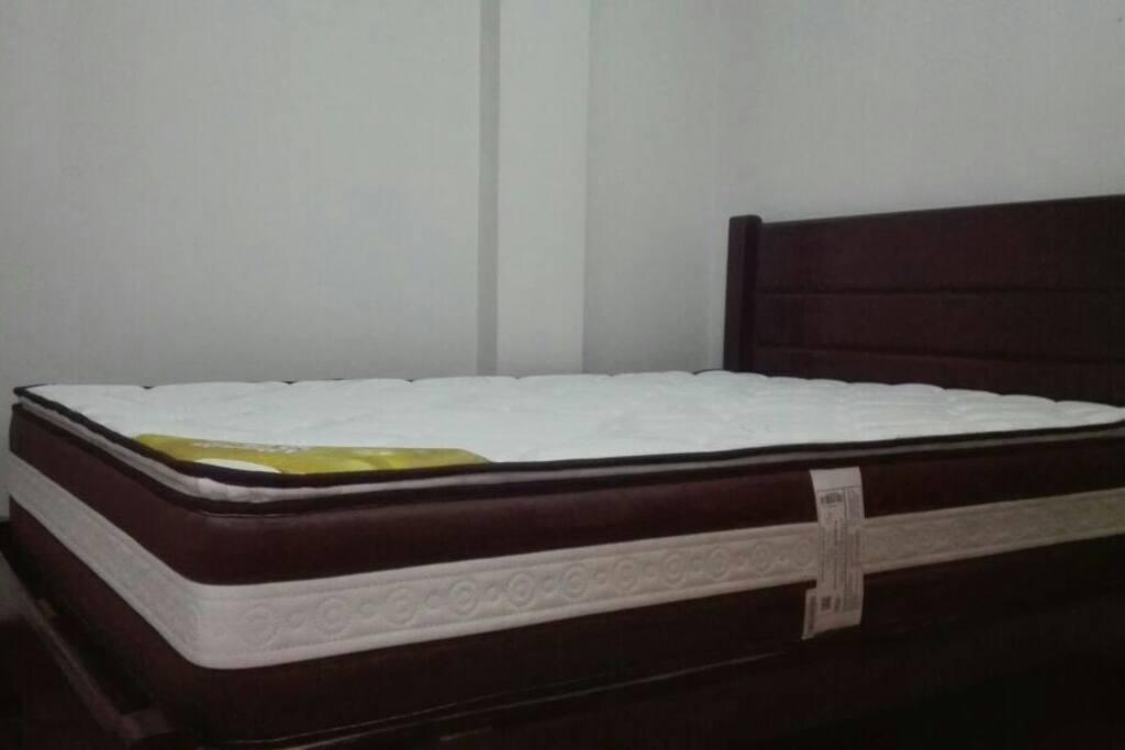 Colchon de dos plazas de la cama