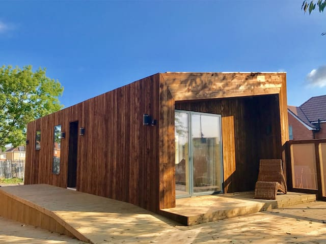 EcoCity Living in a strawbale home.