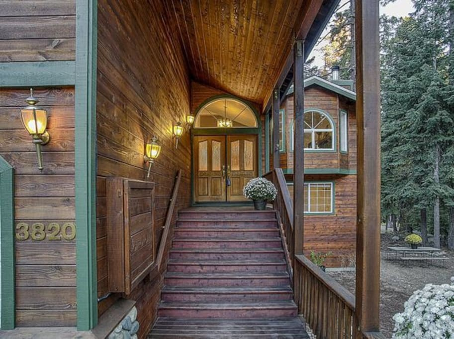 Covered Front Entry Way