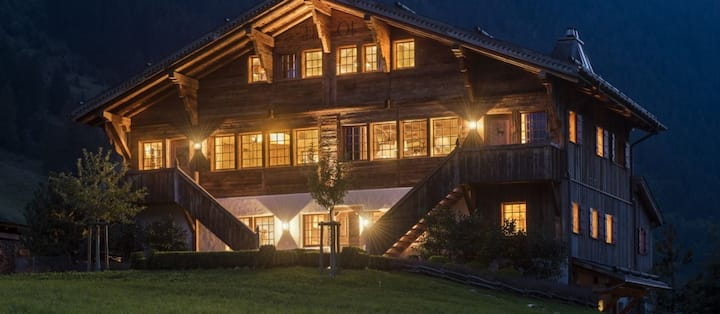Cozy Chalet with Sauna -- Breuil Cervinia