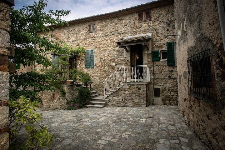 Casa nel Borgo Medievale