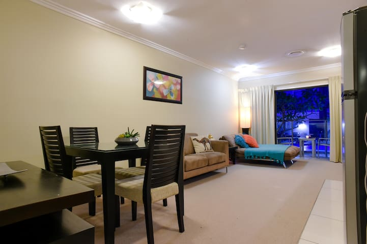 Location!Esplanade,HerveyBay (Wheelchair Friendly)