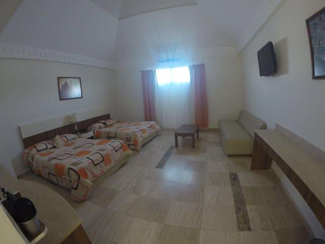 HOTEL PALACIO ALMINAR DESCANSO TOTAL