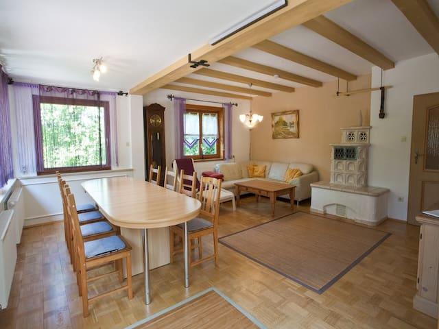 Ferienhaus Wetzel (Weiler im Allgäu) -, Ferienwohnung Wetzel EG + OG