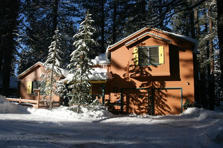 RHAPSODY LODGE -- Yours for All Seasons