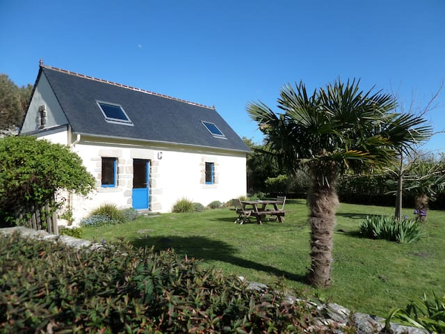Charming house 3km from Tronoën - Saint-Jean-Trolimon - Hus