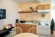 Studio Apt. in Wine/Brewery Country/on 151