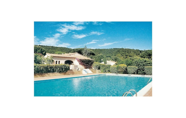 Stunning home in Sainte Maxime with WiFi and 3 Bedrooms