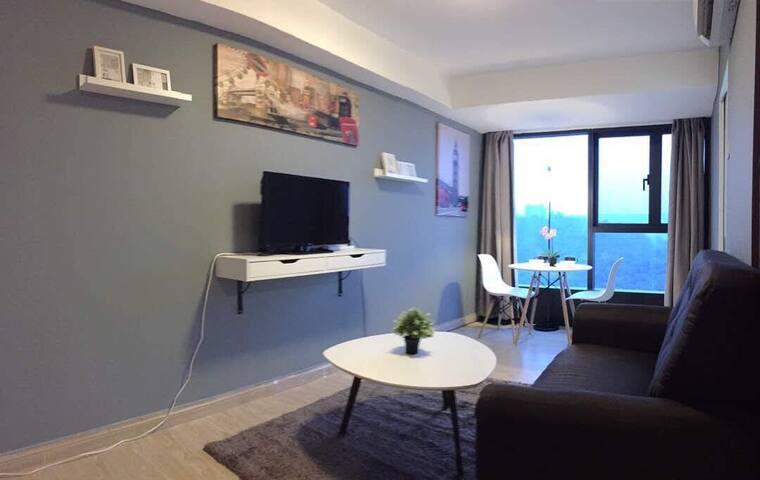 [WIFI/MOVIE] London Suite @ Empire City Damansara