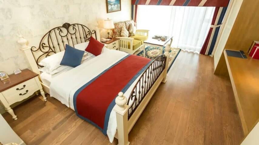 金属质感大床房4