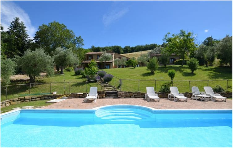 Charming Villa, pool beauty country