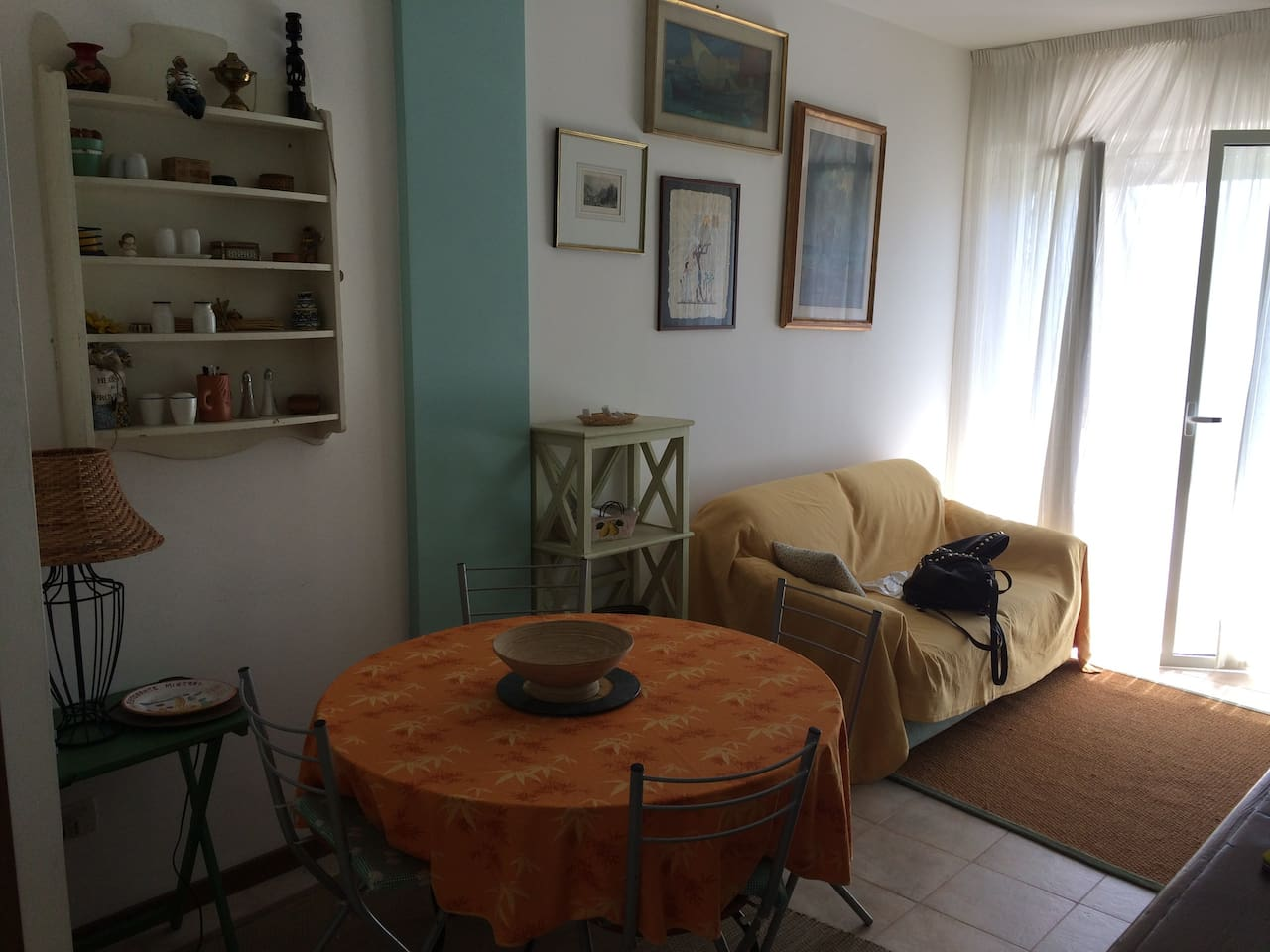 Appartamento a 500 mt dal mare con giardino