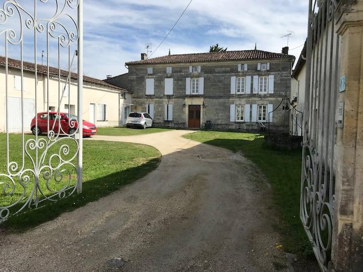 Logement à 10 minutes du centre de Cognac